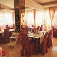 фото Отель Санта Мария Сходница. Столики в столовой