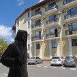 фото СПА-отель Тустань Сходница. Статуя у отеля