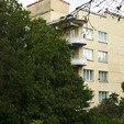 фото трускавец санаторий хрустальный дворец. корпус в лесу