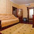 фото отель нафтуся трускавець. номер супер люкс.диван