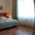 фото отель ревита трускавец. номер люкс. спальное место